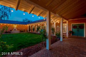 Property for sale at 5602 E Oakhurst Way, Scottsdale,  Arizona 85254