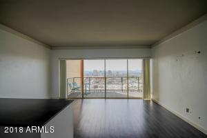 Property for sale at 4750 N Central Avenue Unit: 16D, Phoenix,  Arizona 85012