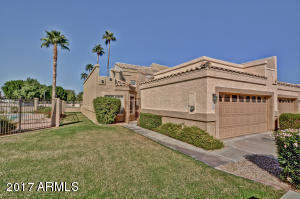 9038 W PORT ROYALE Lane, Peoria, AZ 85381