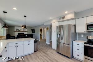 1251 W MADERO Avenue, Mesa, AZ 85202