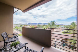 Property for sale at 15802 N 71st Street Unit: 502, Scottsdale,  Arizona 85254