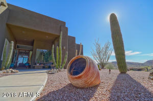 3335 W Carriage Drive, Phoenix, AZ 85086