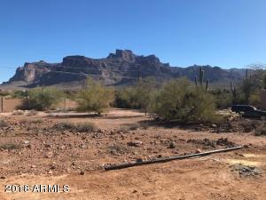5354 E Cactus Wren Street, Apache Junction, AZ 85119