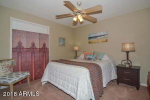 11209 N 26TH Street, Phoenix, AZ 85028
