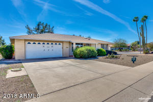 10049 W COGGINS Drive, Sun City, AZ 85351