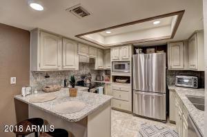 17404 N 99TH Avenue, 203, Sun City, AZ 85373