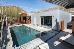 37 E FOOTHILL Drive