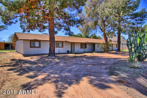 845 E ELLIOT Road, Gilbert, AZ 85234