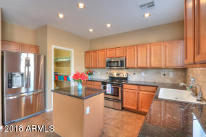 Beautiful kitchen with upgraded appliances