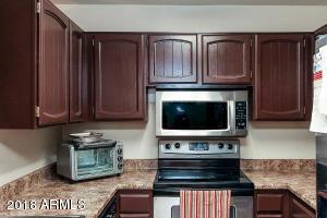 4608 W MARYLAND Avenue, 128, Glendale, AZ 85301