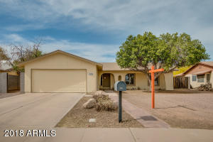 306 W SHAWNEE Drive, Chandler, AZ 85225
