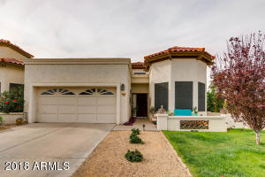 Great town home in Suntree East!