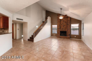 6735 W SACK Drive, Glendale, AZ 85308