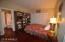 bedroom 2/den