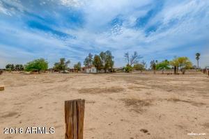 517 W OCOTILLO Road, San Tan Valley, AZ 85140