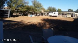 844 E ROBERTS Road, Phoenix, AZ 85022