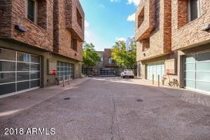 Modern townhome in vibrant downtown Tempe.
