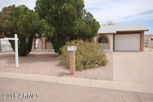 947 N GRAND Drive, Apache Junction, AZ 85120