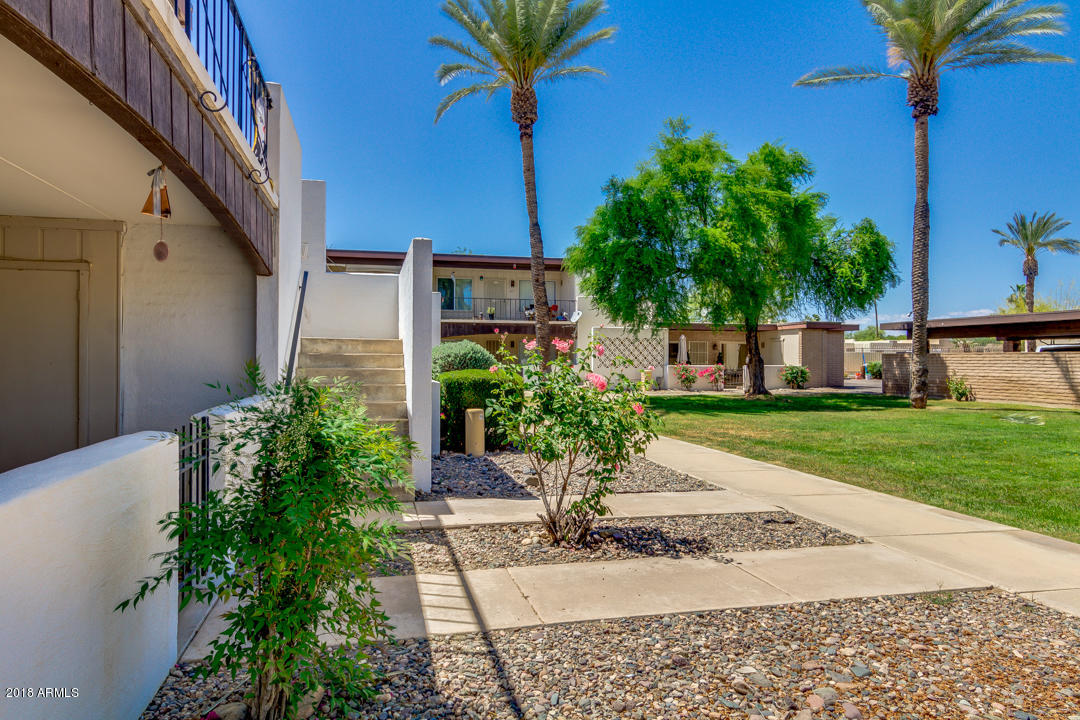 Photo of 220 S OLD LITCHFIELD Road #107, Litchfield Park, AZ 85340