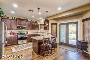 Gorgeous remodeled kitchen!!