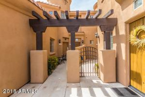 Property for sale at 16410 S 12Th Street Unit: 116, Phoenix,  Arizona 85048