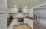 imagine preparing meals in this completly remodeled kitchen