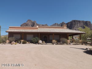 3315 N PROSPECTORS Road, Apache Junction, AZ 85119