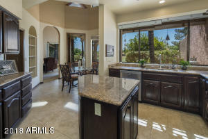 7604 E CLINTON Street, Scottsdale, AZ 85260