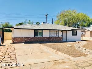 4415 W CRITTENDEN Lane, Phoenix, AZ 85031
