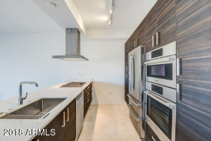 Property for sale at 7120 E Kierland Boulevard Unit: 219, Scottsdale,  Arizona 85254