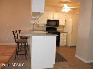 910 N CENTER Street, 15, Mesa, AZ 85201