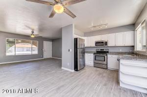 471 W RANCH Road, Chandler, AZ 85225
