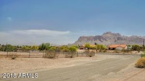 2329 E 2ND Avenue, Apache Junction, AZ 85119