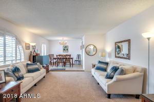 340 E CAROL ANN Way, Phoenix, AZ 85022