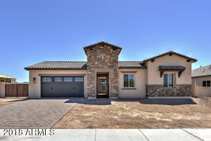 1331 N CHATSWORTH Street, Mesa, AZ 85207