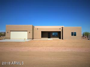 835 N TOMAHAWK Road, Apache Junction, AZ 85119