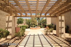 5525 E THOMAS Road, R9, Phoenix, AZ 85018
