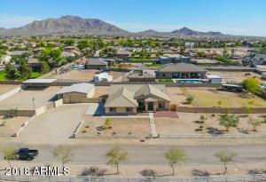 2863 E CEDAR WAXWING Drive, Gilbert, AZ 85298