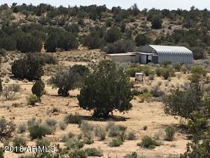 10888 E Doberman Road, Kingman, AZ 86401