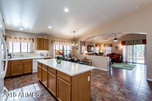 4220 W WAHALLA Lane, Glendale, AZ 85308