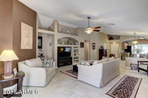 8925 W Quail Avenue, Peoria, AZ 85382