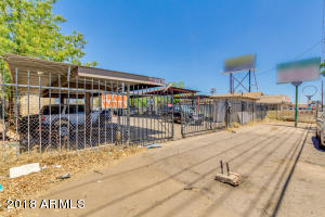 3026 W MCDOWELL Road, Phoenix, AZ 85009