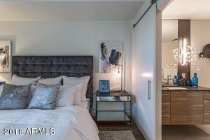2300 E CAMPBELL Avenue, 326, Phoenix, AZ 85016