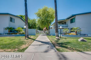 749 E MONTEBELLO Avenue, 233, Phoenix, AZ 85014