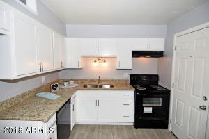 Kitchen - 4615 N 39th Ave #23, Phoenix AZ 85019