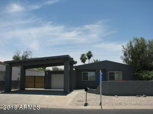 This cozy 2 bedroom, 2 bath has been fully remodeled and is move in ready.