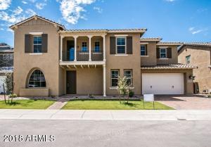909 W GLACIER Drive, Chandler, AZ 85248