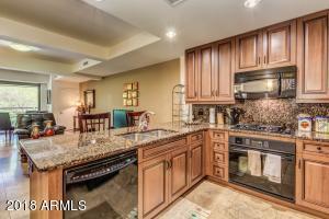 Property for sale at 7127 E Rancho Vista Drive Unit: 2010, Scottsdale,  Arizona 85251