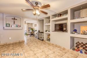 7119 W ROMA Avenue, Phoenix, AZ 85033