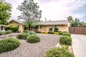 8301 E MINNEZONA Avenue, Scottsdale, AZ 85251